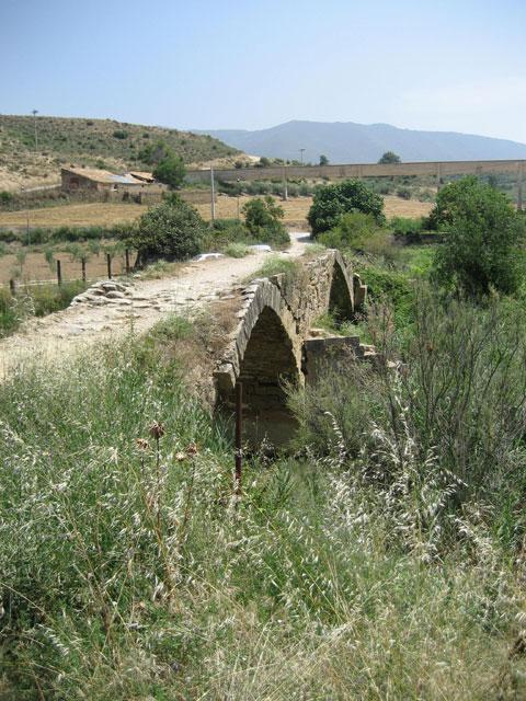 Puente Sobre El Rio Salado (Cirauqui). Un Puente En El Camino