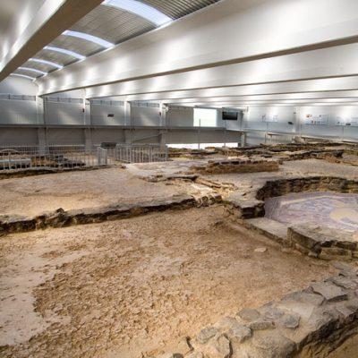 Aspecto Del Interior. A La Derecha, Estancia Con Reproducción Del Mosaico De La Musas