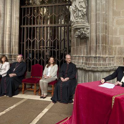 Firmado Un Convenio Por Importe De 3,8 Millones De Euros Para Restaurar El Claustro De La Catedral De Pamplona